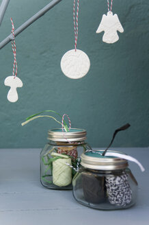 Self-made Christmas decoration - GISF00251
