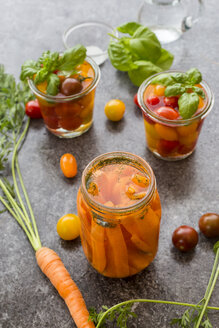 Fermented tomatoes and carrots in preserving jar - SARF02923