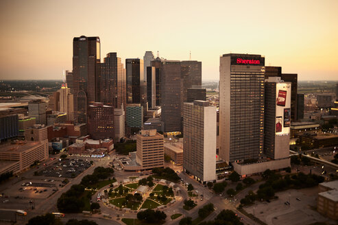 USA, Texas, Aerial photograph of the Dallas skyline in the early evening - BCD00055