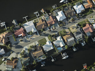 USA, Florida, Aerial of suburbs along the western shore of Tampa Bay - BCDF00073