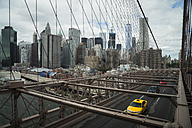 USA, New York City, cars on Brooklyn Bridge - STC00250