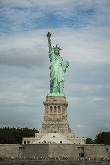 USA, New York City, Statue of Liberty on Liberty Island - STCF00274