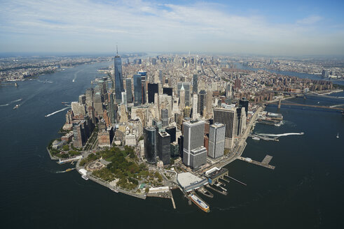 USA, New York, Aerial photograph of New York City and Manhattan Island - BCDF00176