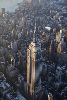 USA, New York State, New York City, Cityscape with Empire State building in the morning - BCDF00205