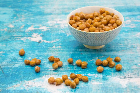 Bowl of roasted chickpeas - LVF05398