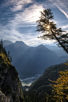 Germany, Bavaria, Lake Koenigssee - HAMF00221