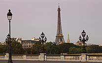 rance, Paris, Pont Alexandre III, Eiffel Tower in background - FCF01097