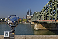 Germany, Cologne, view to Cologne Cathedral with Coin Operated Binoculars in the foreground - GFF00831