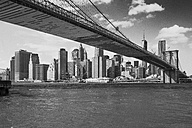 USA, New York City, view to Manhattan with Brooklyn Bridge in the foreground - ZEF11116