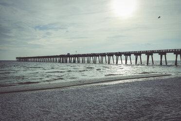 USA, Florida, M.B. Miller County Pier, Panama City Beach - SHKF00708