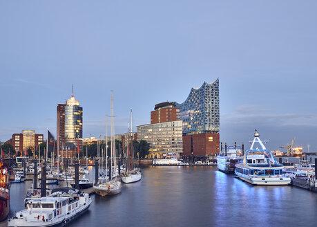 Germany, Hamburg, view to Elbe Philharmonic Hall at twilight - WHF00067