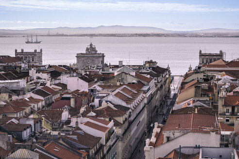 Portugal, Lisbon, cityscape with Tejo River in the background - CMF00595