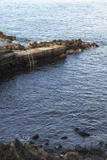 Portugal, Azores, Pico, Sea water pool - CMF00602