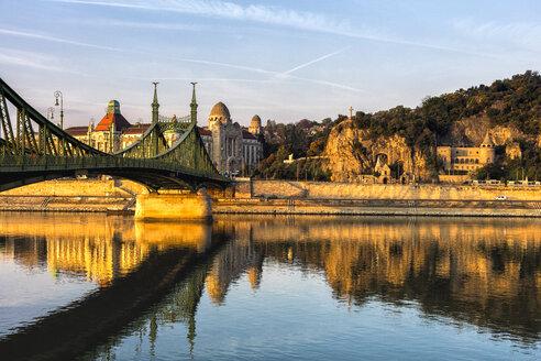 Hungary, Budapest, bridge above Danube River - JLRF00084