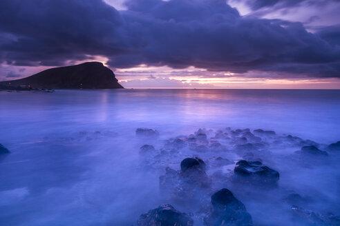 Spain, Tenerife, beach Tejita with Montana Roja at sunrise - SIPF01095