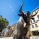 Germany, Frankfurt, bull bronze sculpture at Stock Exchange - KRP01979