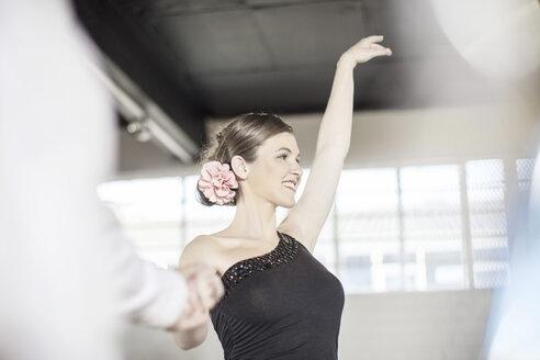 Smiling female salsa dancer - ZEF11734