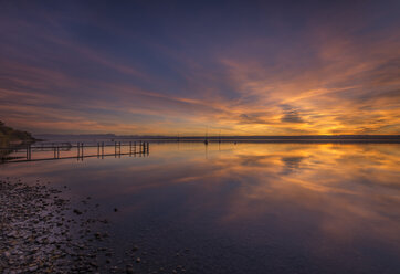 Germany, Bavaria, sunset at Ammersee - MBOF00037