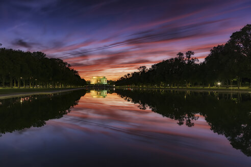 USA, Washington DC, view to Lincoln Memorial at sunset - SMAF00590
