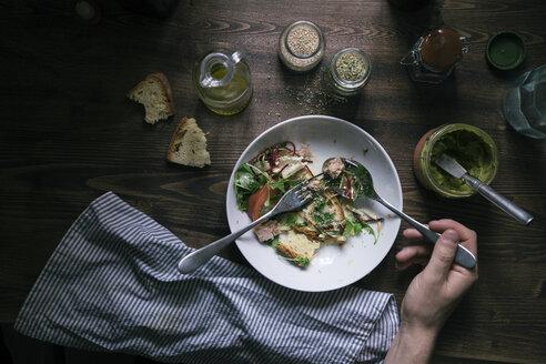 Eating mixed salad with tuna - DAIF00019