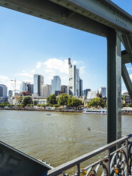 Germany, Frankfurt, view to skyline  from Eiserner Steg - KRPF02036