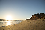 Portugal, Algarve, Albufeira, sunset at the beach - CHPF00353