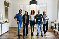 Portrait of confident businesspeople in office - EBSF01882
