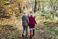 Hansel and Gretel, Boy and girl walking alone in the forest - MJF02091