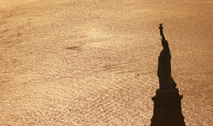 USA, New York City, view to Statue of Liberty from above - BCDF00239