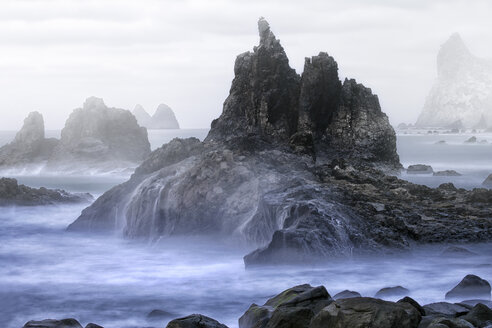 Spain, Tenerife, The rocky coast of Taganana with the formations of Los Roques de Anaga - DSGF01288