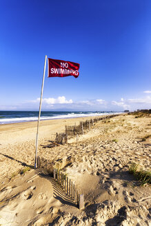 USA, North Carolina, Outer Banks, beach of Nags Head - SMAF00644