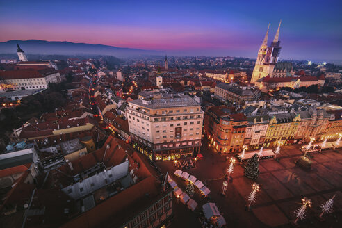 Croatia, Zagreb, view to Zagreb Cathedral at sunset - LCUF00088