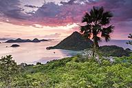 Indonesia, Nusa Tenggara Timur, Labuan Bajo, Waecicu Beach - FPF00122