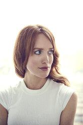 Portrait of redheaded woman - SRYF00154