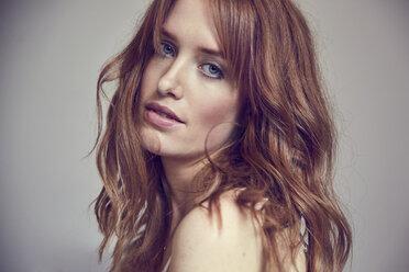 Portrait of lascivious redheaded woman - SRYF00169