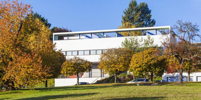 Germany, Stuttgart, Weissenhof Estate, Weissenhof Museum in autumn - WD03801