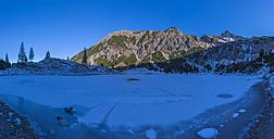 Germany, Bavaria, Allgaeu, view to frozen Unterer Gaisalpsee with Entschenkopf in the background - WGF01026