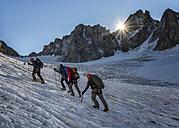 France, Chamonix, Argentiere Glacier, Les Droites, Les Courtes, Aiguille Verte, group of mountaineers - ALRF00760