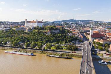 Slovakia, Bratislava, cityscape with river cruise ships on the Danube - WDF03825
