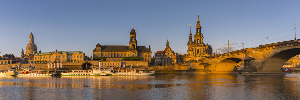 Germany, Dresden, Elbe river with Church of our Lady, Augustus Bridge and steam boats - WG01031