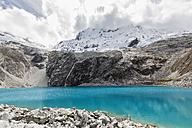 Peru, Andes, Cordillera Blanca, Huascaran National Park, Laguna 69 and Nevado Chacraraju - FOF08530