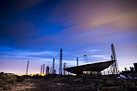 Spain, Tenerife, radar at night - SIPF01301