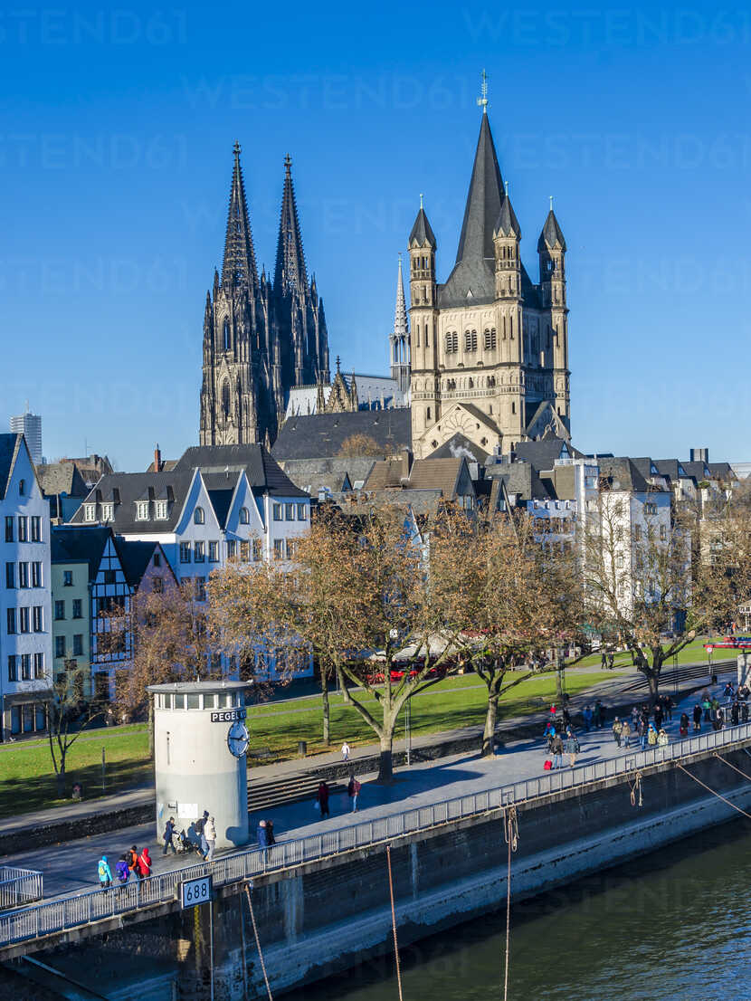 Germany, Cologne, view to Gross Sankt Martin and Cologne Cathedral - MHF00404 - Markus Hermenau/Westend61