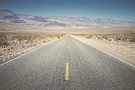 USA, California, Death Valley, deserted highway - EPF00267