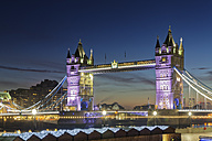 UK, London, view to illuminated Tower Bridge at dusk - GFF00976