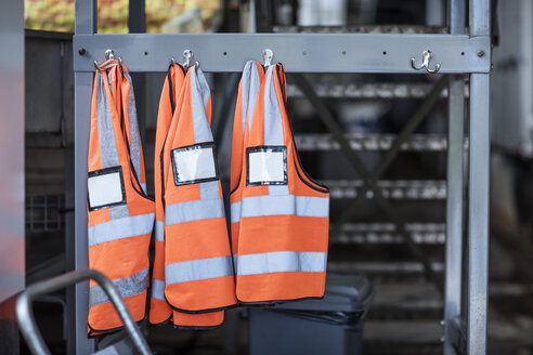 Three safety vests in factory - ZEF12426