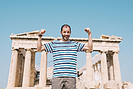 Greece, Athens, happy man visiting the Parthenon temple on the Acropolis - GEMF01406