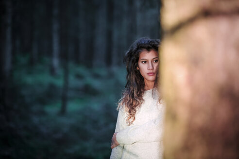 Portrait of young woman in the woods - WVF00822