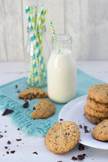 Flapjacks with chocolate chips and bottle of milk - YFF00620