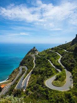 Italy, Sicily, Sant'Alessio Village, view to winding road from above - AMF05231